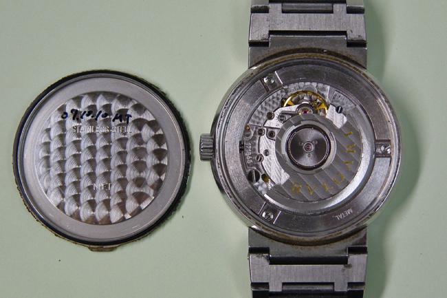 on sale 798c7 39bb5 BVLGARI BB38SS AUTO 針の腐食 | 渋谷で時計修理、電池交換なら